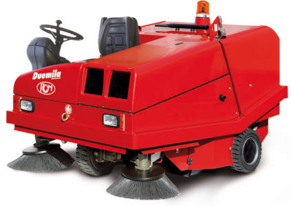 RCM Sweeper Ride-On/Supply Battery Powered 48V/Cleaning Operation Heavy Duty (DUEMILA E)