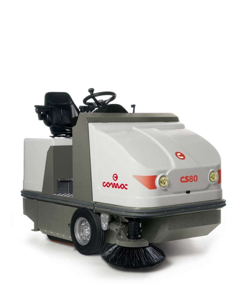 Comac Medium Sweeping Machines Ride On CS80 D